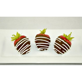 Chocolate Strawberries (set of 6) dark chocolate w/white drizzle