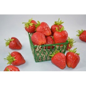 Large Strawberries (1 dozen)