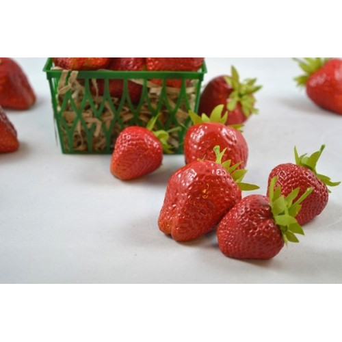 Assorted Strawberries (1 dz)