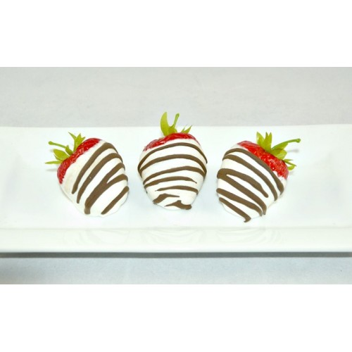 Chocolate Strawberries (set of 6) white chocolate with dark chocolate drizzle